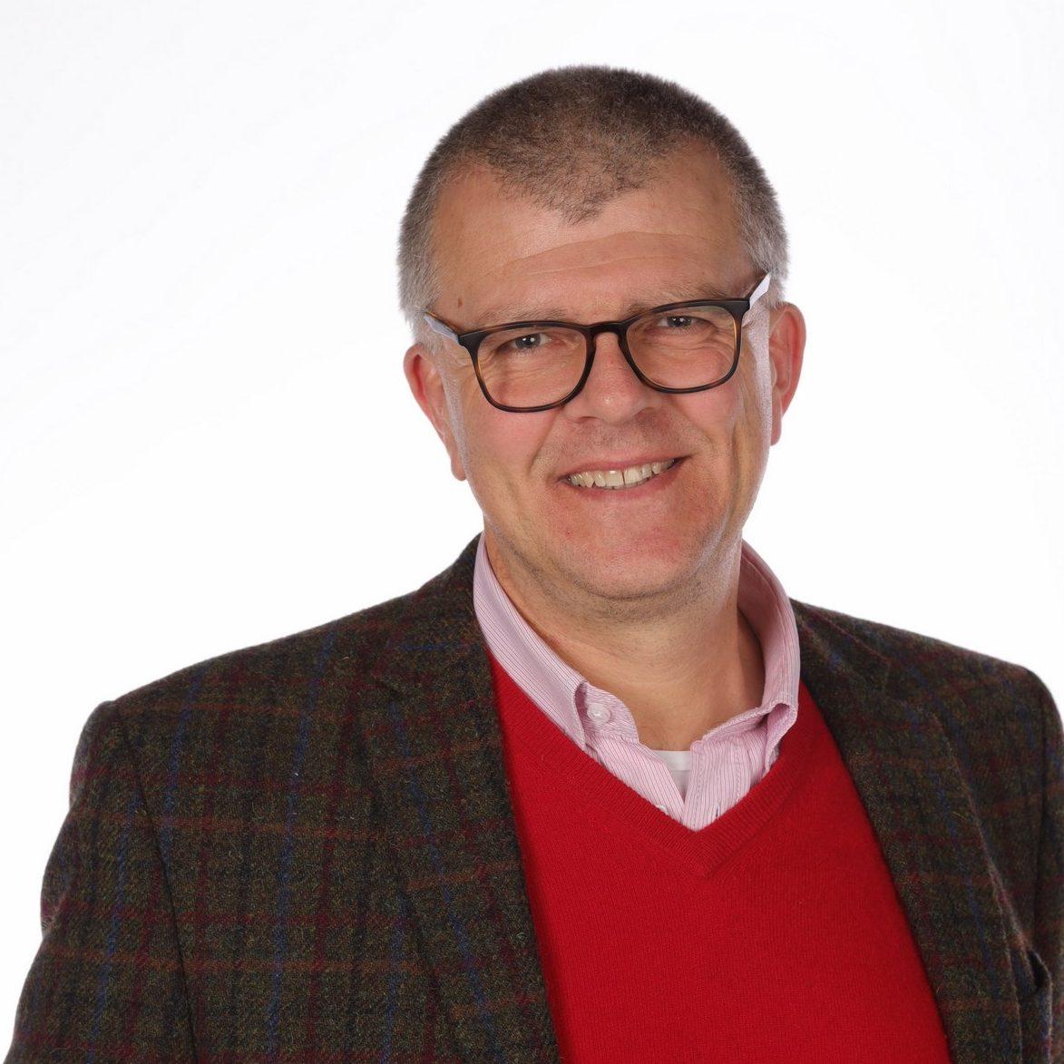 Dr. Andreas Neuhoff
